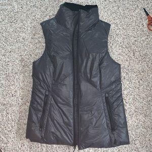 NWOT Gray champion puffer vest
